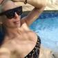 Таа знае како тоа се прави: 10 најпровокативни летни модни комбинации на Јелена Карлеуша